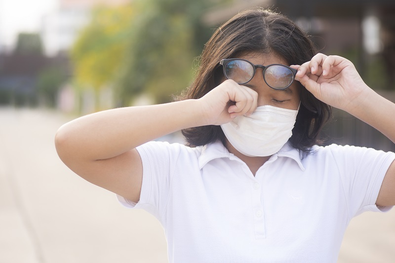 É alergia ocular ou COVID-19?